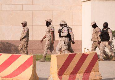Haití pide a EEUU y la ONU enviar tropas para estabilizar el país
