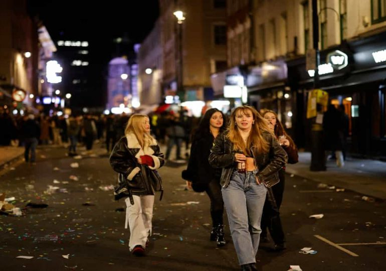 El Reino Unido busca combatir el acoso a las mujeres en las calles