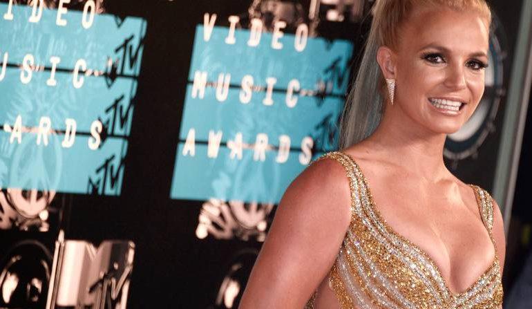 Cantante Britney Spears pierde la batalla contra su padre para controlar su fortuna
