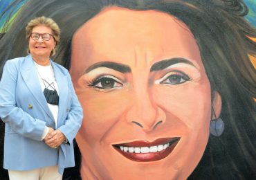 Alcaldía Santiago rinde homenaje a Socorro Castellanos con un bello mural