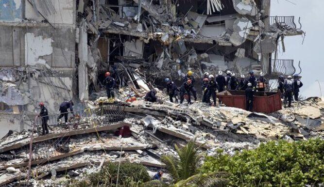 Suben a 20 los muertos confirmados en derrumbe en Florida