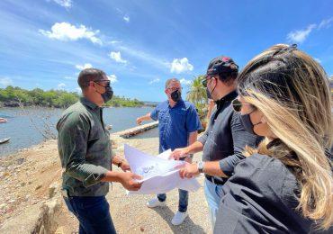 Director de Autoridad Portuaria visita comunidad pesquera de Boca de Yuma