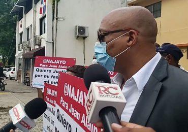 Ciudadano pide prisión para Jean Alain, por supuesto daño a su familia durante su gestión en el MP