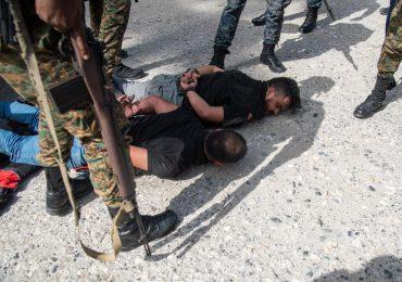 Haití arresta a presuntos magnicidas, en su mayoría colombianos, y busca prófugos