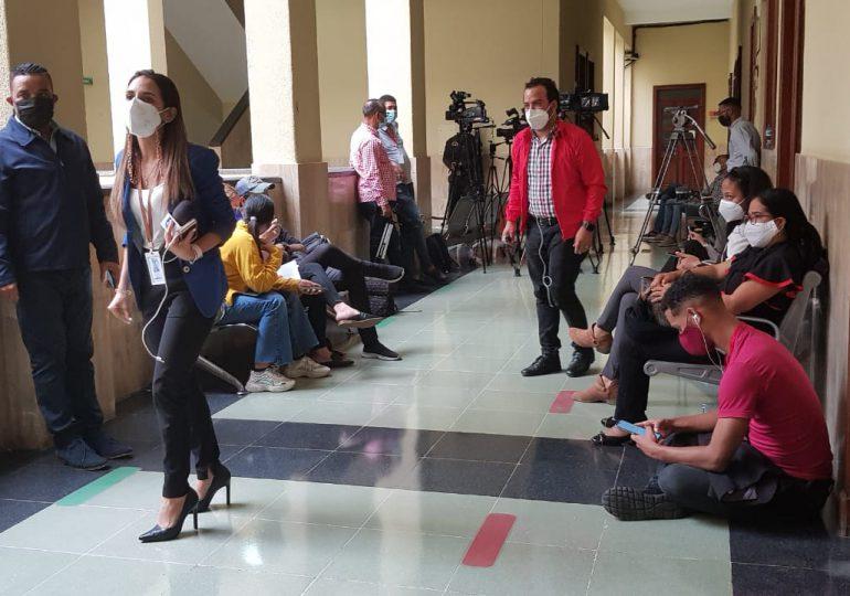 Periodistas disgutados; Jueza solo permite prensa escrita y sin equipos en audiencia Operación Medusa