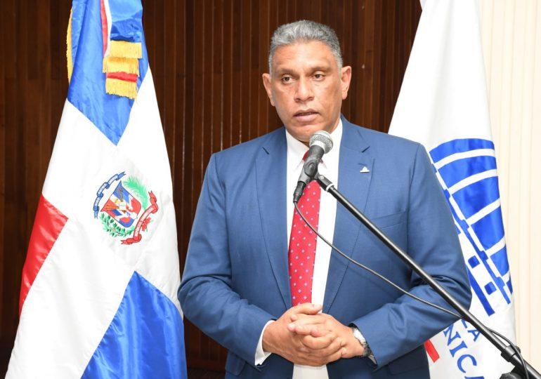 Ministro de Interior y Policía defiende la construcción de una verja en la frontera con Haití