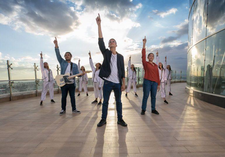 Joven talento de Puerto Plata es premiado por canción cristiana