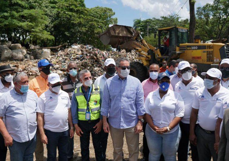 Ministra de la Juventud Luz Jimenez, se suma al rescate de SDE
