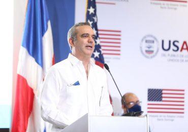 """Presidente Abinader dice que """"no tolera ni tolerará"""" corrupción en su gobierno"""