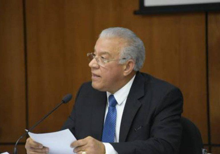 Andrés Bautista acusa a Jean Alain de dañar su imagen y honor