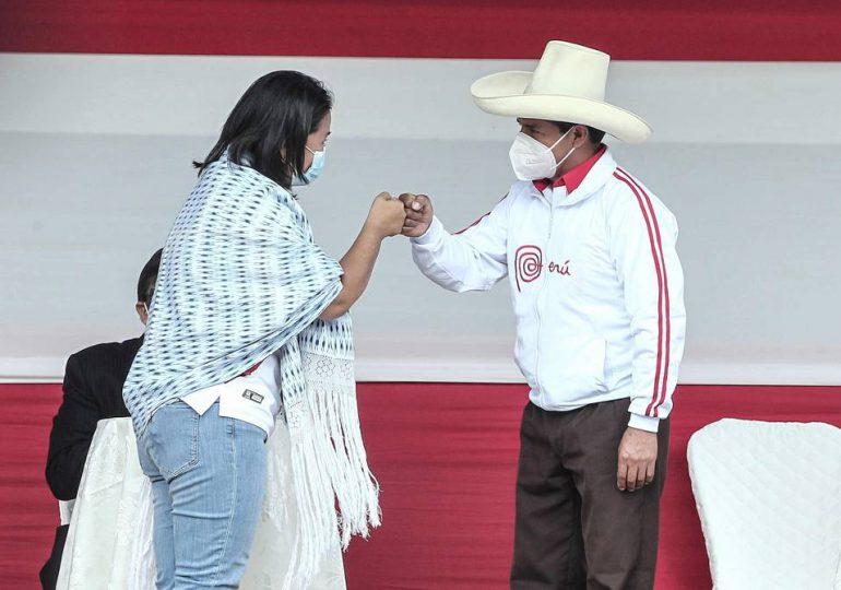 Tribunal electoral espera proclamar al nuevo presidente de Perú el 20 de julio
