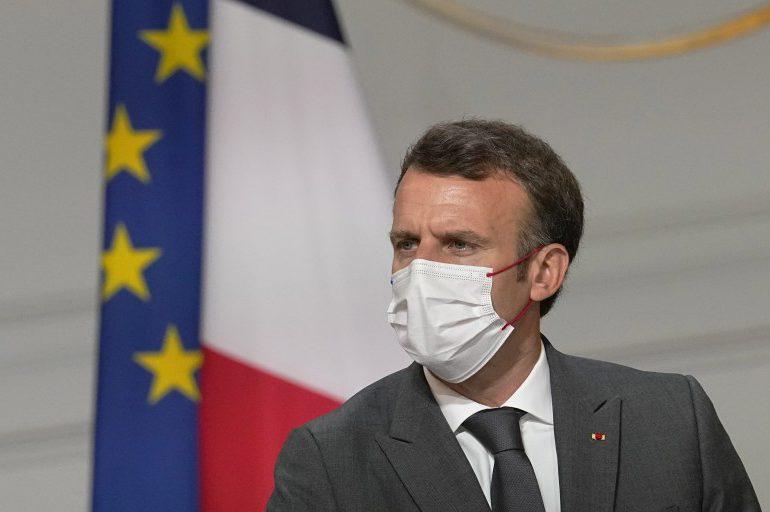 Macron bajo presión para que se disculpe por pruebas nucleares en Polinesia francesa