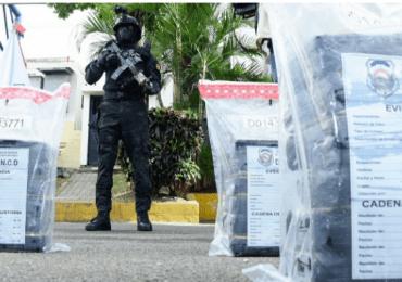 Ocupan 540 paquetes de presunta droga y arrestan cinco venezolanos en SPM