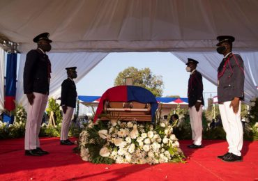 Comienza en Haití el funeral del asesinado presidente Jovenel Moise