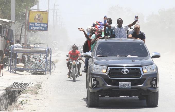 """Estados Unidos """"muy preocupado"""" por situación en Haití, ofrece ayuda en seguridad"""