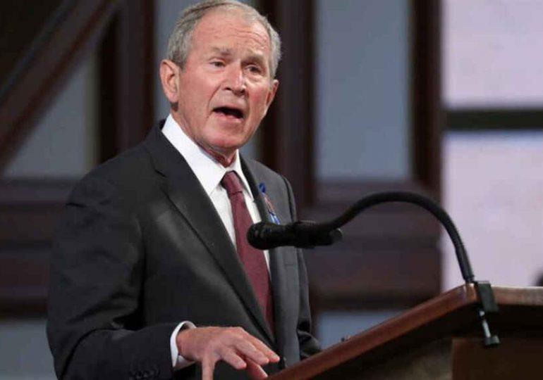 El expresidente de EEUU George W. Bush critica decisión de retirar tropas de Afganistán