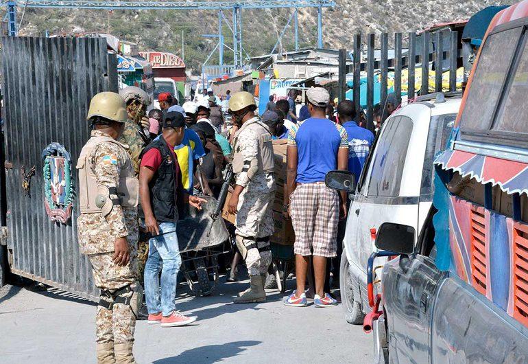 """RD reiniciará exportaciones hacia Haití por """"razones humanitarias"""""""