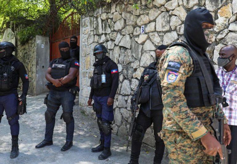 En videos: Todos los detenidos que supuestamente dieron muerte a Jovenel Moïse