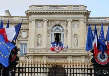 """Francia """"alienta el diálogo"""" en Haití para salir de la crisis política"""