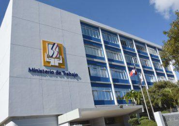 Ministerio de Trabajo recibirá currículums este viernes para ocupar seis vacantes