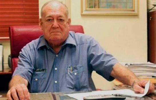 Fallece Paris Goico, secretario legislativo del Senado por más de 50 años