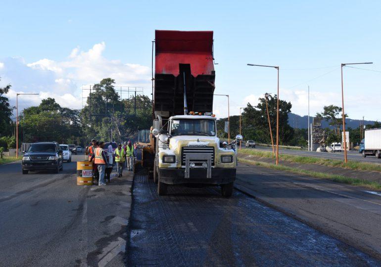 Obras Públicas habilitará carril provisional en La Penda en autopista Duarte por construcción retorno vehicular