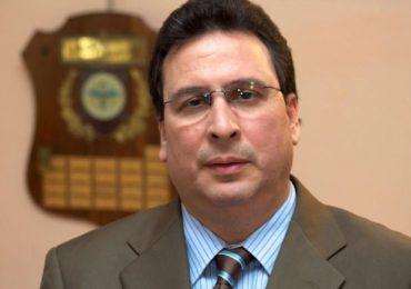 Presidente de Vacunología exhorta a la población a colocarse la tercera dosis para blindarse contra el COVID-19