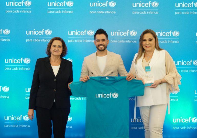 UNICEF RD nombra a Manny Cruz como nuevo Embajador Nacional de Buena Voluntad; Jatnna Tavárez fue ratificada