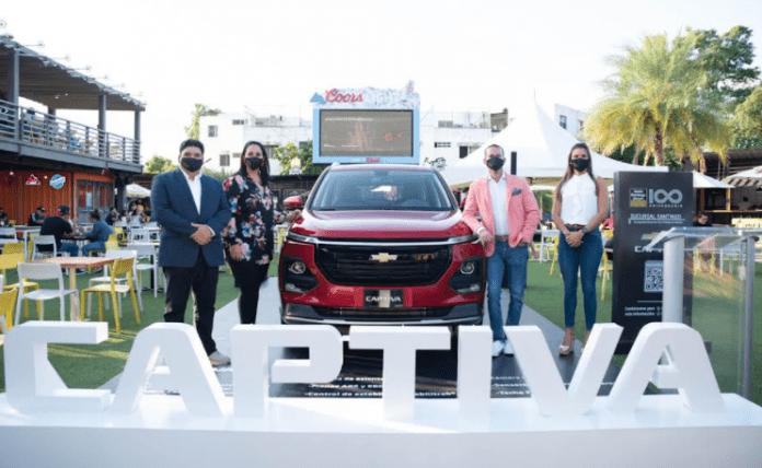 Santo Domingo Motors presenta en Santiago renovada Chevrolet Captiva 2022