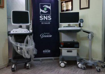 SNS entrega 10.9 millones en equipos en cinco centros de salud Red Pública