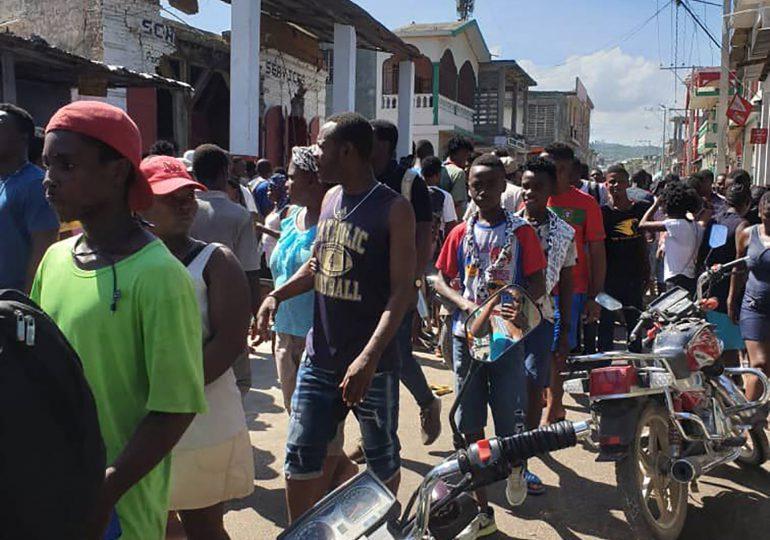 Aumentó a 304 la cifra de muertos por terremoto en Haití