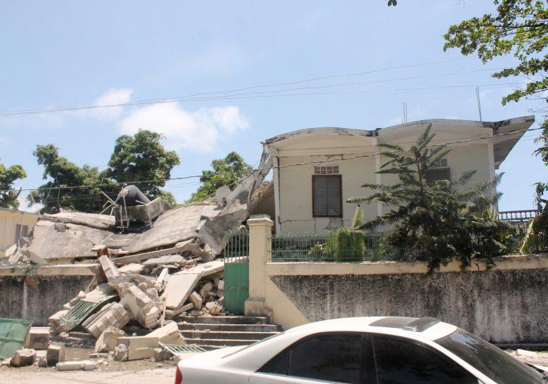 Autoridades haitianas reportan 5,700 heridos y más de 13,000 viviendas destruidas