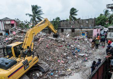 Saldo oficial de muertos por el terremoto del sábado en Haití llega a 1,941
