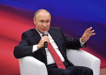 Putin pide frenar huida de afganos a exrepúblicas soviéticas de Asia Central