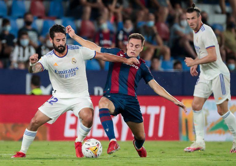Real Madrid empata ante el Levante, el Atlético líder de LaLiga