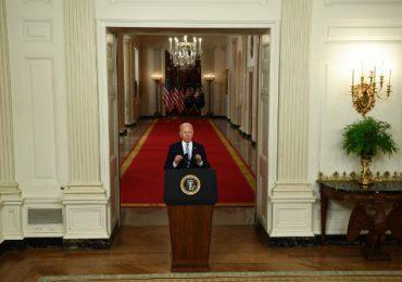 """Biden elogia el """"éxito extraordinario"""" de la misión de evacuación de EEUU de Afganistán"""