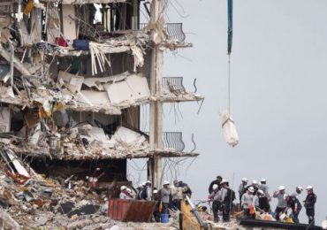 Salen a la luz imágenes impactantes del derrumbe del edificio en Surfside