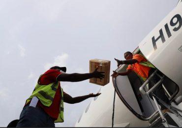 FF.AA dominicana realiza envío de ayuda humanitaria a Haití; más de 60 toneladas de alimentos y medicinas