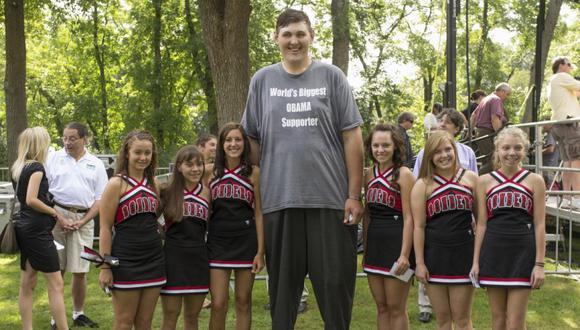 Muere a los 38 años el hombre más grande de EEUU