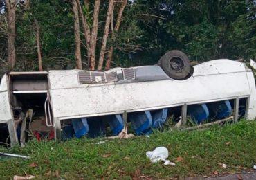 Un muerto y 16 heridos en accidente ocurrido en la autovía de Samaná