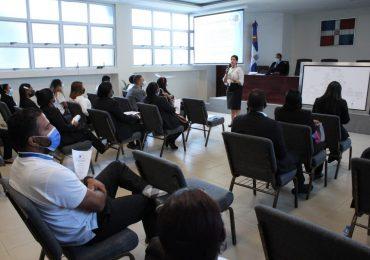 Dirección General de Pasaportes ofrecerá talleres a empleados y funcionarios de la división de RRHH