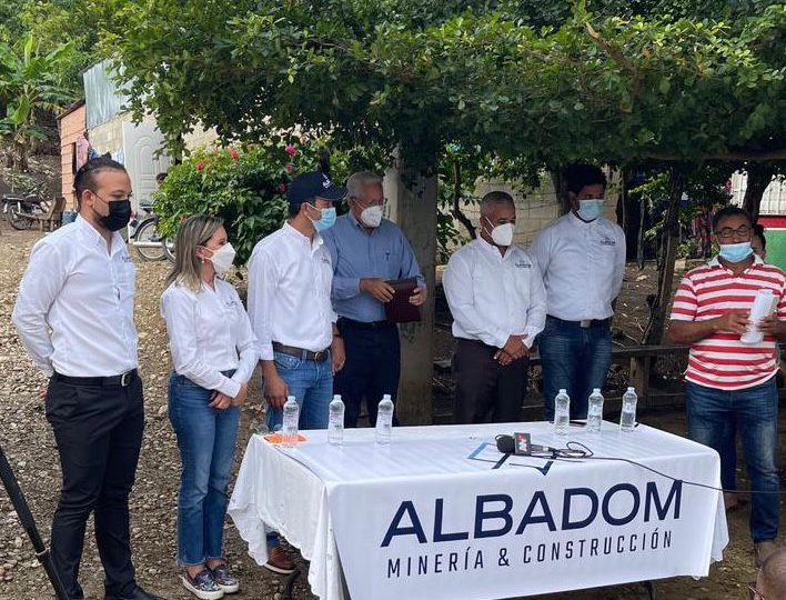 VIDEO | Albadom rehabilita carretera Los Naranjos en la provincia Espaillat
