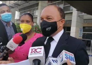 VIDEO | Madre de Carla Masiel denuncia Educación le está cobrando el 30% de sus prestaciones laborales