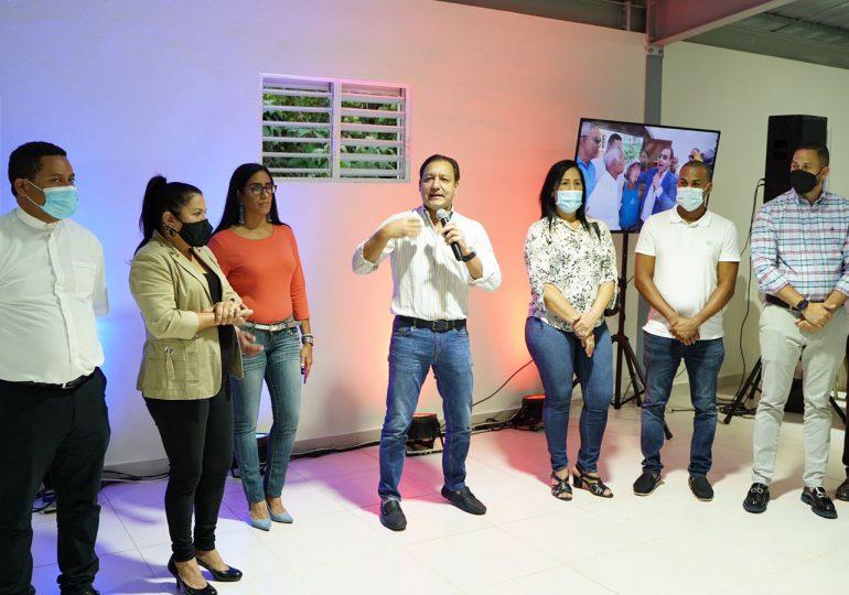Alcalde Abel Martínez inaugura moderno Centro de Capacitación en la comunidad de Hoya del Caimito II
