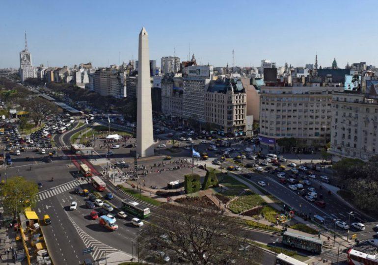 Argentina flexibiliza restricciones anticovid y apuesta a recuperación económica