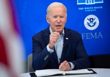"""Biden advierte de un """"muy probable"""" nuevo ataque al aeropuerto de Kabul en 24-36 horas"""