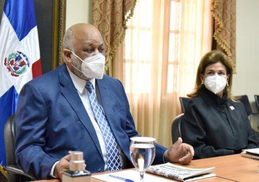 Vicepresidencia y MINERD trazan estrategia para ejecutar Jornada Nacional de Vacunación Masiva