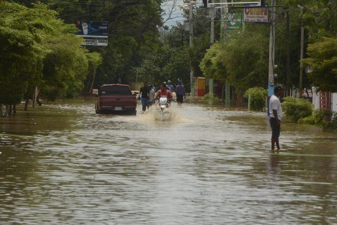 25 acueductos quedan fuera de servicio por paso de la tormenta Fred