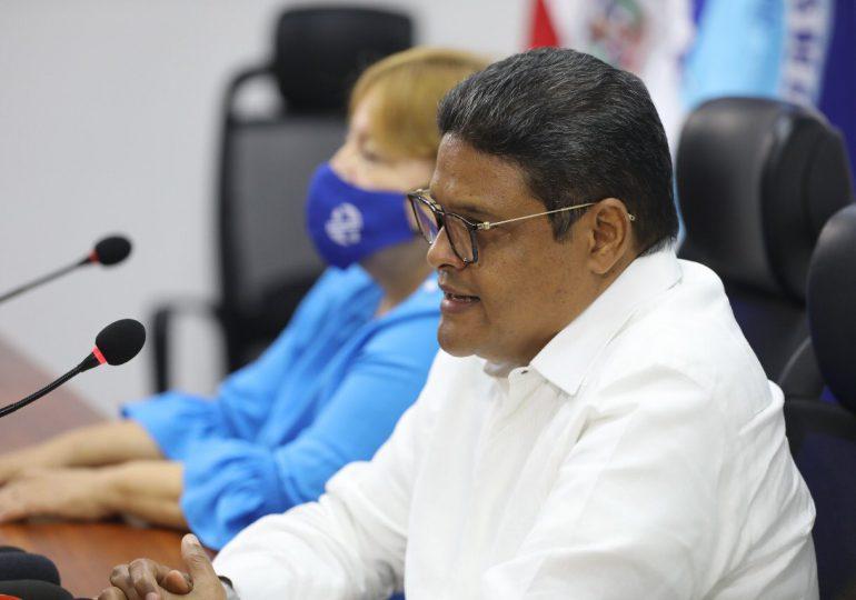 COE declara alerta roja para ocho provincias por potencial ciclón tropical