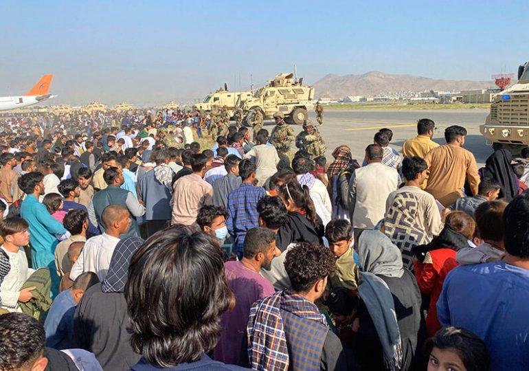 EEUU evacuó a unas 7,000 personas de Afganistán desde el 14 de agosto